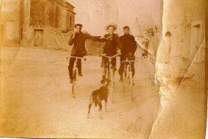 phoca_thumb_l_1907 place eglise des velos neufs